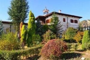 melnik-rozhen-monastery2-500x334